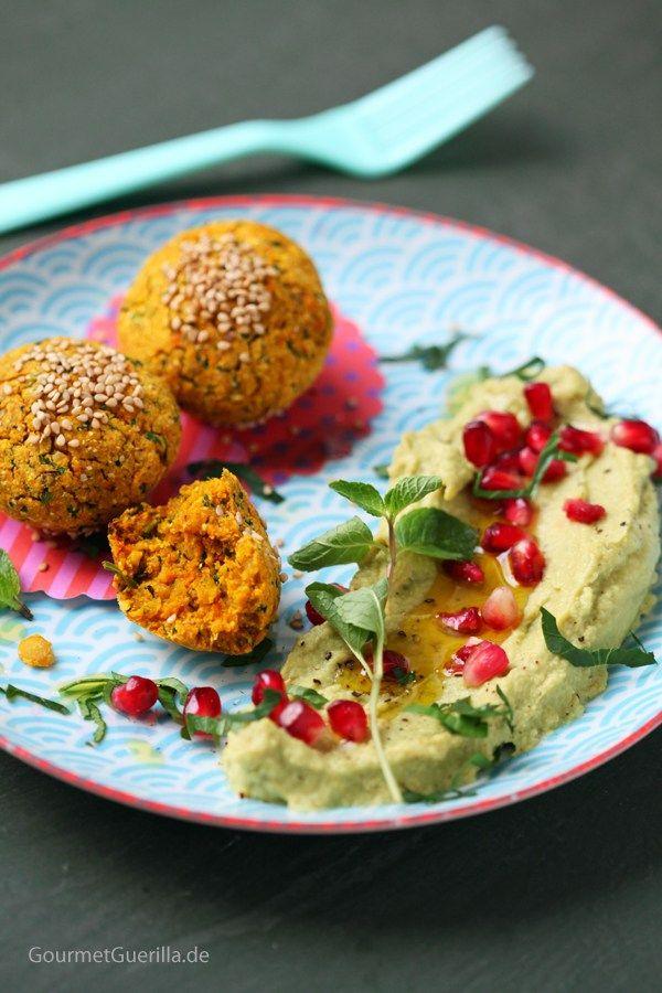Süßkartoffel-Falafeln mit Avokado-Hummus