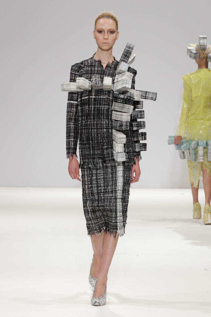 Hellen van Rees SS13 look 13 #SS13 #hellenvanrees #fashion