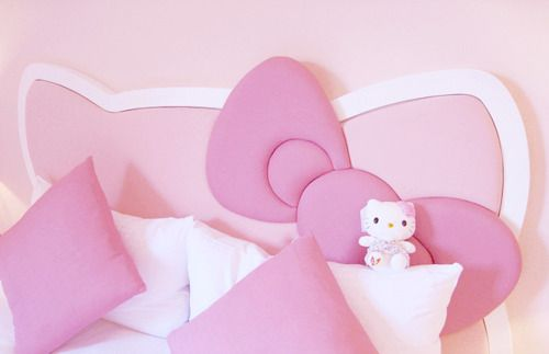 "hello kitty head board- she would flip. ( and I would have to change it in a year when she's past the "" hello kitty phase"""