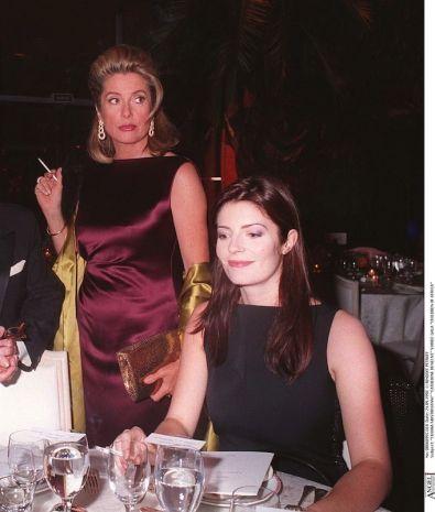 Catherine Deneuve con la figlia Chiara Mastroianni nel 1998