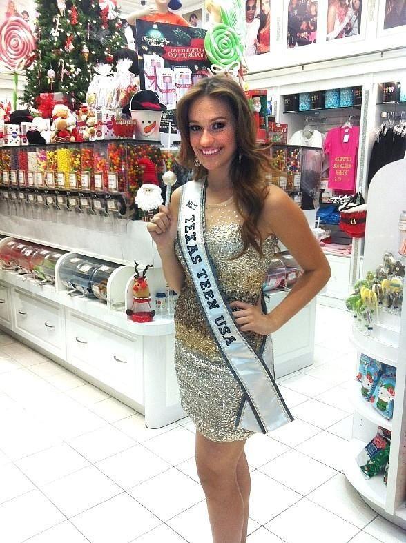 Miss Texas Teen USA Daniella Rodriguez Spotted at Sugar Factory