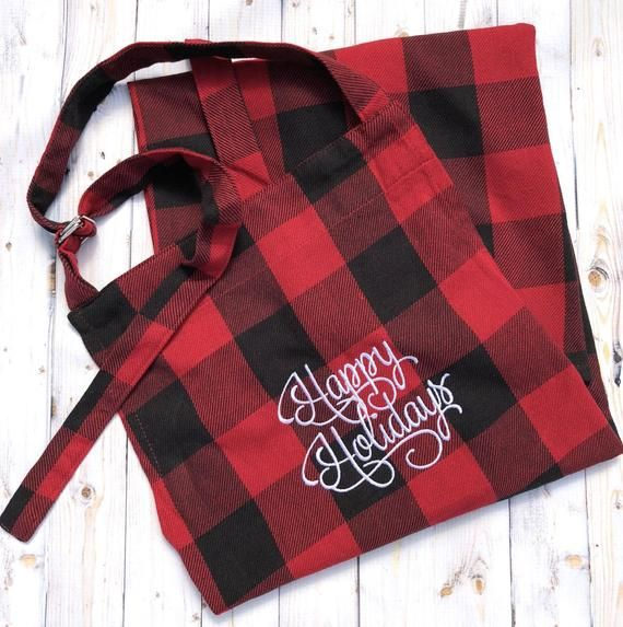 Buffalo Plaid Apron Christmas Apron Personalized Gift For Mom Farmhouse Kitchen Decor Red And Black Plaid Apron Christmas Aprons Buffalo Plaid Decor