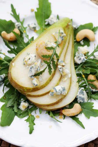 Pear and Gorgonzola Green Salad