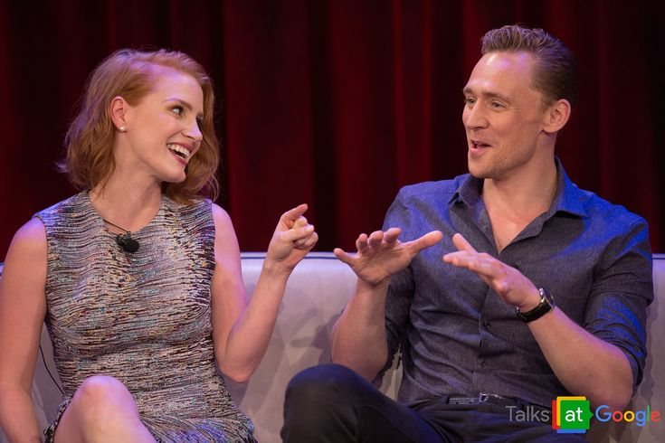 *Warning: Talk contains some plot spoilers from the film* Tom Hiddleston, Mia Wasikowska, Jessica Chastain, and director Guillermo del Toro stop by Google to...