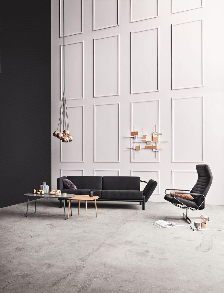 Vores Atu-sofa er ikke alene et stykke kunst i sig selv, den er også det perfekte sted at læse, feste eller tage en lille lur.