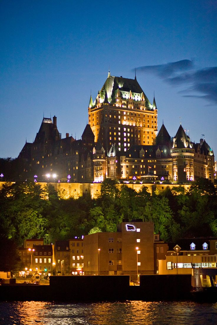 Chateau Frontenac Hotel - Quebec, Canada | 22 Majestic Old Buildings Completely Dominating Modern Skylines