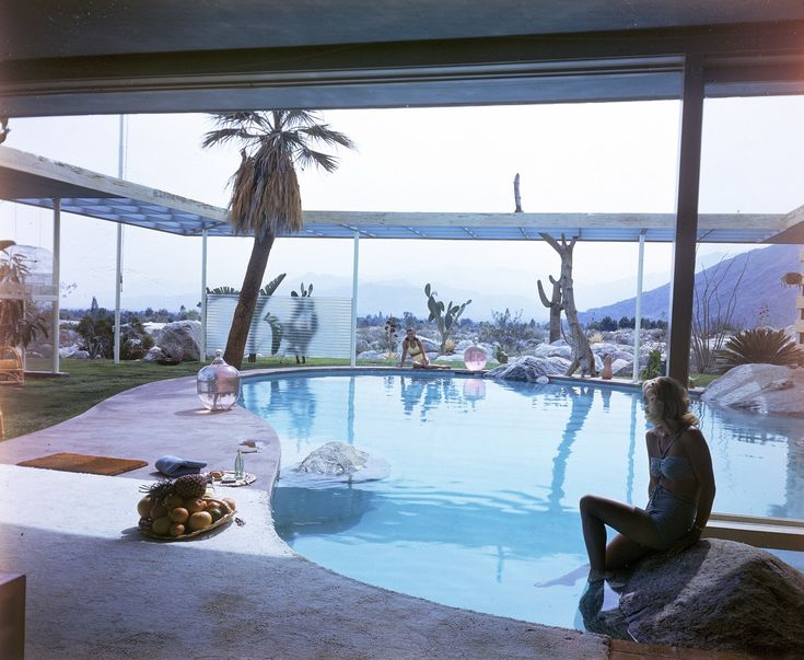 The Raymond Loewy House by Albert Frey