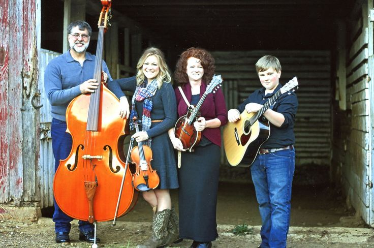 Its a country and bluegrass weekend at wisecups farm