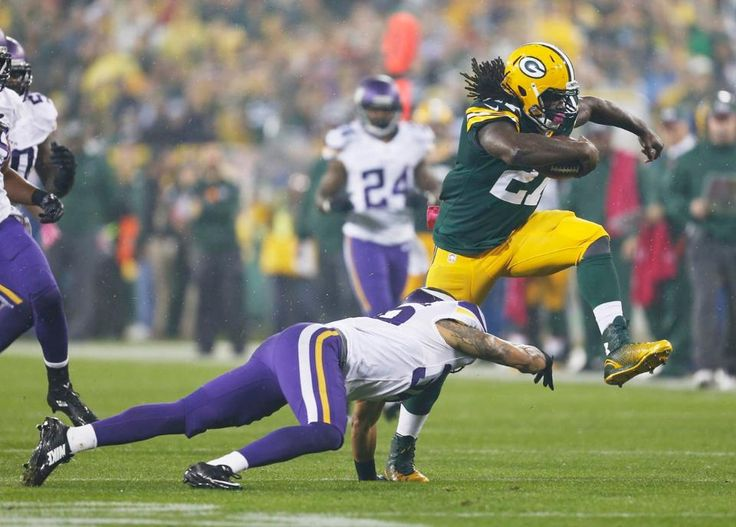 Packers vs. Vikings First Impressions - 2014 Game 5 - http://allgbp.com/2014/10/02/packers-vs-vikings-first-impressions-2014-game-5/ http://allgbp.com/wp-content/uploads/2014/10/lacy-vikings-.jpg