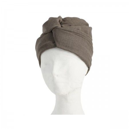 Lacrom Store    flapper, turban, wool  Wool turban with a tartan pattern, lined with a lightweight wool. The inner border has a drawstring grosgrain that allows you to widen or tighten. They can be worn as turbans, but if you turn become hats.