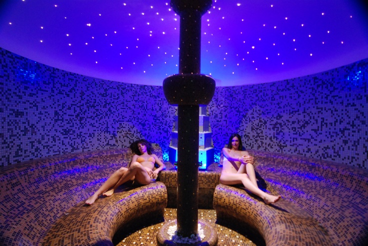Seasalt-therapy bath / Thalasso Terapia