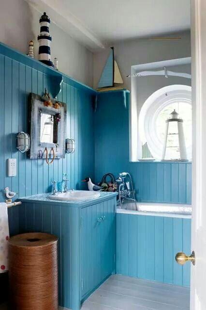 Beautiful blue bathroom? Yes please!