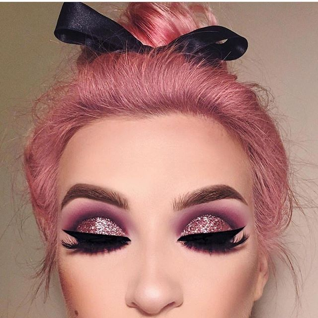 Glitter rose, high drama look