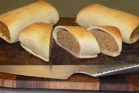 Paleo Christmas Sausage Rolls #PaleoistabyNellStephenson