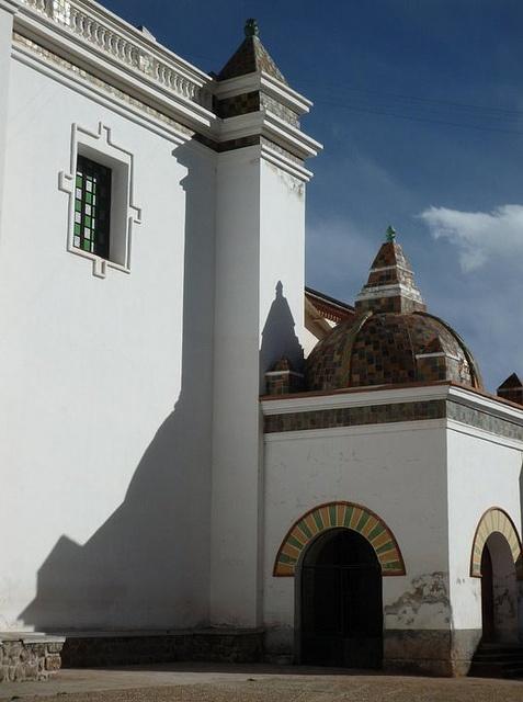 La Iglesia by whereisjohnny, via Flickr