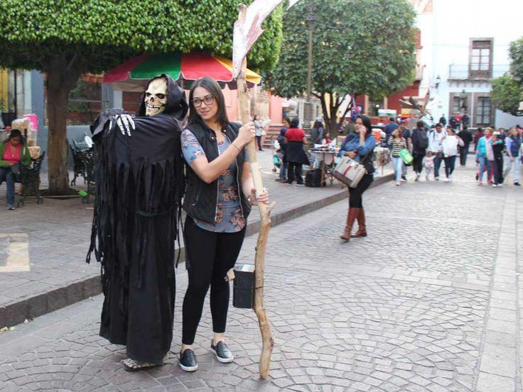 'Invaden' superhéroes calles de Guanajuato - Periodico Correo