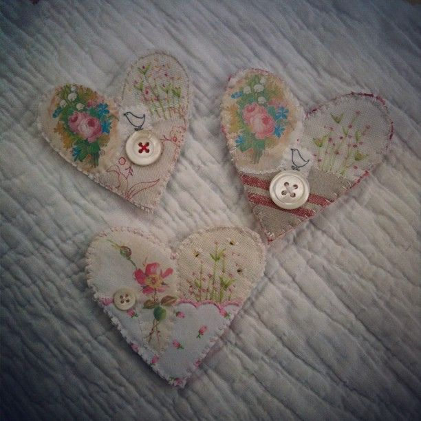brooches by hens teeth