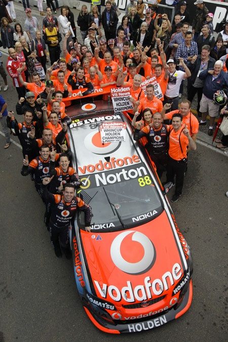 2011 V8 Supercar Series - Tem Vodafone. - Wish they raced in the states.