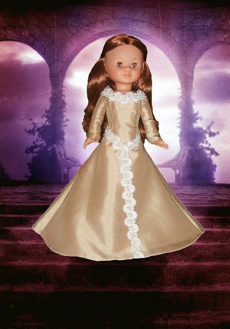 Vestido elfa para Nancy New (con modificaciones también sirve para Nancy clásica). Contiene los patrones