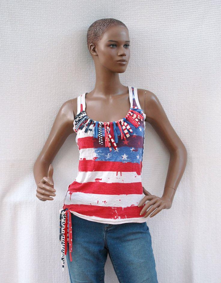 American Girl - Débardeur imprimé drapeau US customisé de franges rayées, débardeur rouge et bleu rayé, éco-mode, mode écologique, recylage de la boutique DLFine sur Etsy