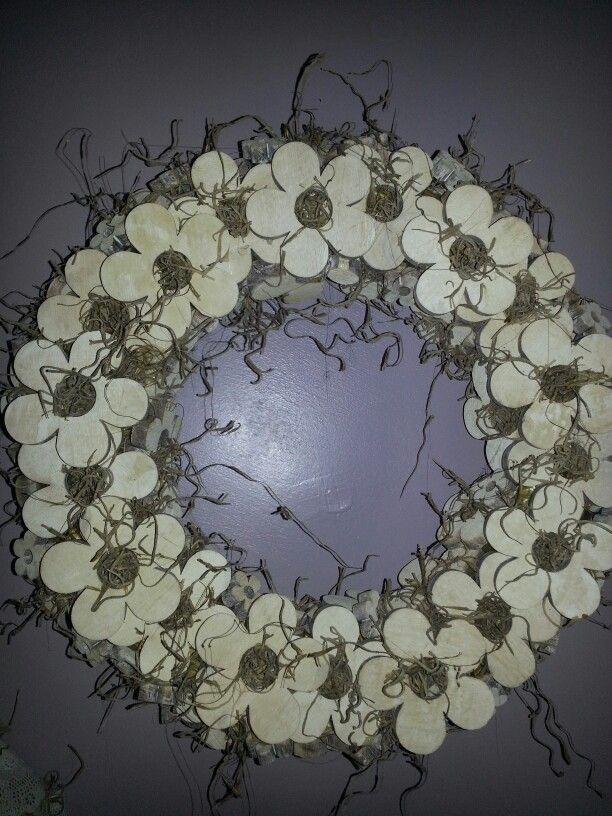Houten bloemen krans