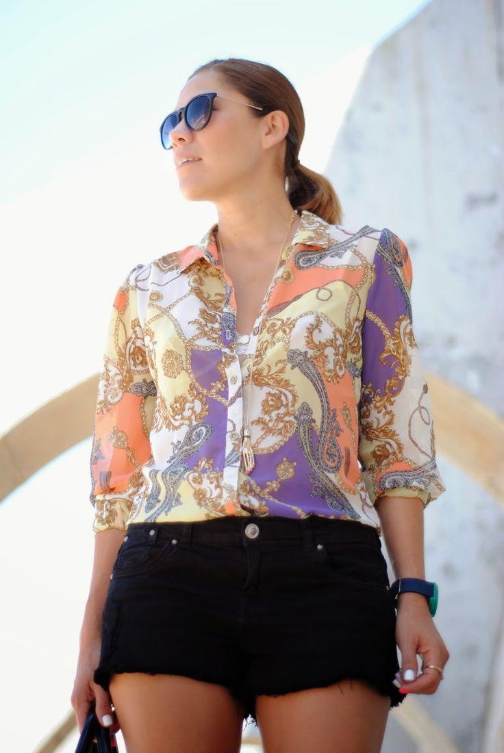 VITAMINA C 4-8-2014  Primark shirt / Suite Blanco 2014 shorts / Mango shoes / Bimba&Lola bag / Parfois watch