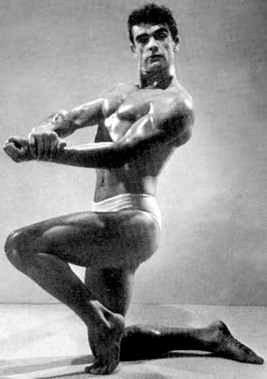 Sean Connery (007) posing in a bodybuilding competition, prior to his acting career.