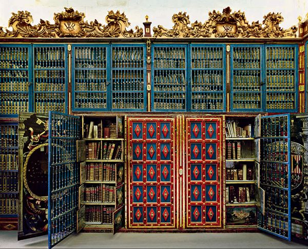 University of Salamanca Library, Salamanca, Spain from the book Temples of Knowledge: Historical Libraries of the Western World via Flavorwire