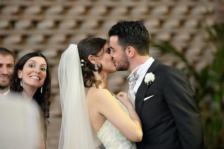 Photo bombing della sorella dello sposo durante il bacio | Groom's sister doing a photo bomb during first kiss! XD | @ San Policarpo