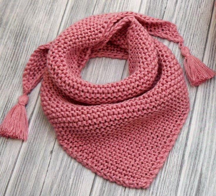 Strickanleitung – Sternchenmütze und Dreieckstuch – No.192 Knitting pattern by WoolAffair