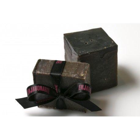 Jabón Chocomint. Jabón con base en aceite de oliva y cacao. Lleva un toque de menta que se fusiona a la perfección con el aroma a chocolate dando lugar a una combinación perfecta.