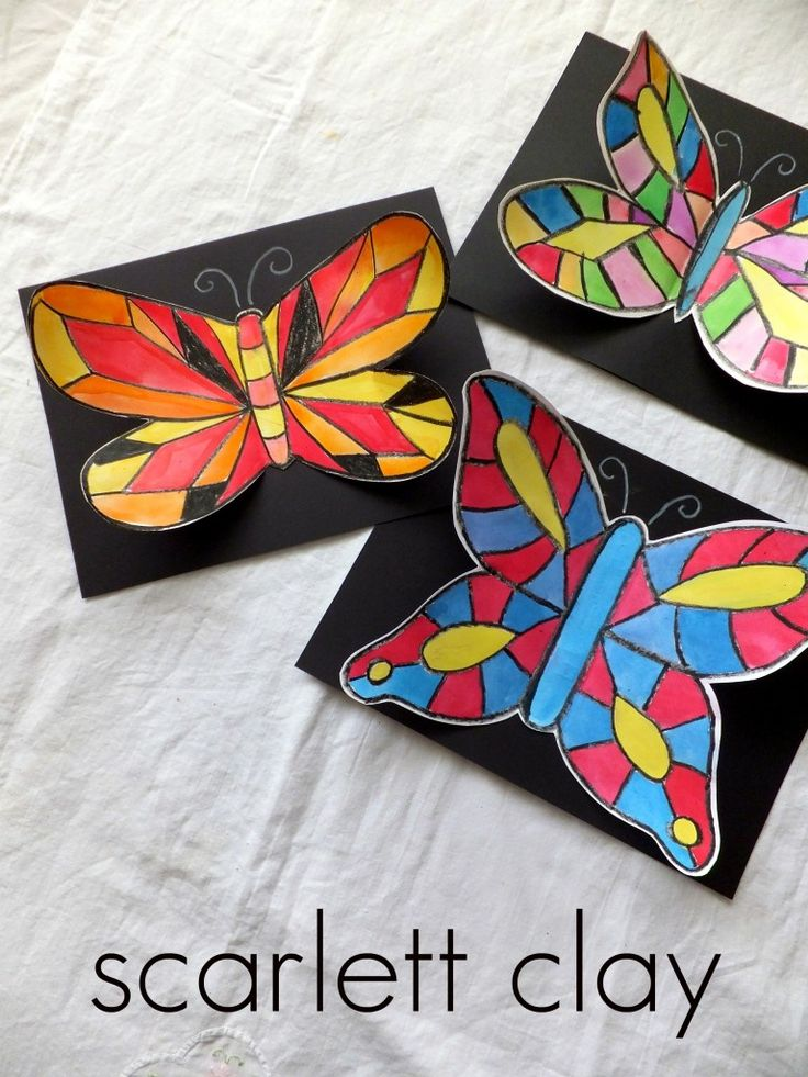 After looking at some pictures of butterflies and different vein patterns, my young artists created their own beautiful butterflies.  This is a great project for elementary children.  For reluctant drawers, I cut out a few stencils to use as a … Continue reading →