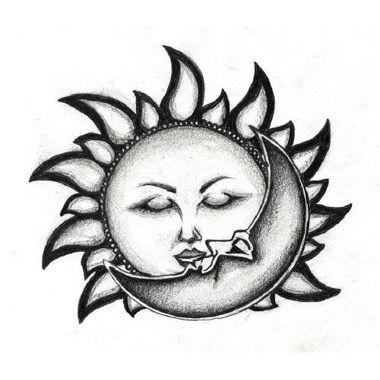 Tatouage baiser soleil lune