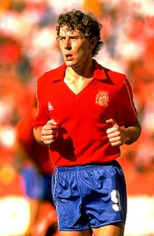 """Second round,Emilio Butragueno,nicknamed """"Vulture"""" scored four times against Denmark in Spain's 5-1 victory."""