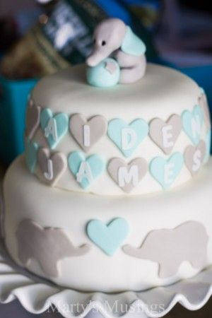 With tips and tricks on throwing a DIY Elephant Themed Baby Shower from Marty's Musings, these ideas on food and decor will thrill both the expectant mom and party guests alike.