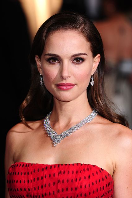 Natalie Portman Red Carpet Hair And Hairstyles (Vogue.com UK)