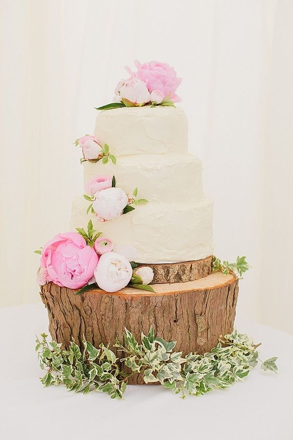 beautiful cake and stand