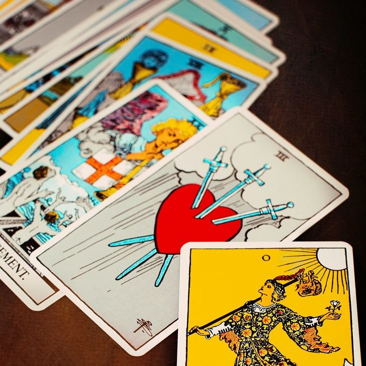 A beginners guide to reading tarot cards tarot card