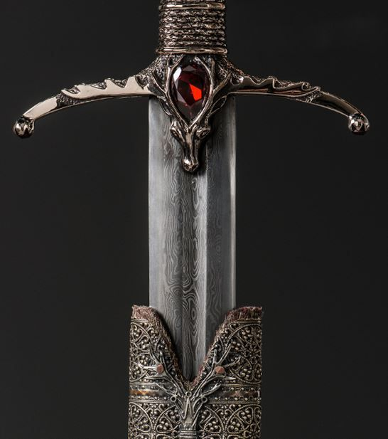 Lamento de Viuda (Game of Thrones)Widow's Wail is the second Valyrian steel blade made from Ice, the blade of House Stark. It is given by Tywin Lannister as a wedding gift to his grandson King Joffrey Baratheon at the breakfast prior to the wedding ceremony. Its sister blade is Oathkeeper.