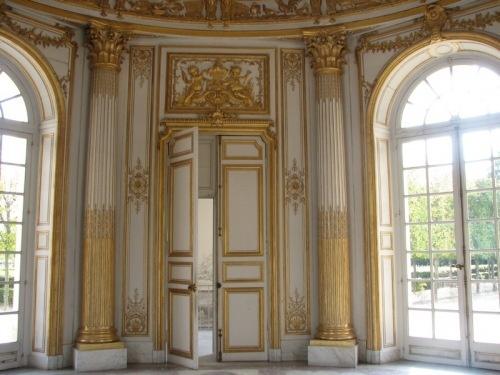Le pavillon fran ais parc du petit trianon versailles for Salon porte de versailles pavillon 3
