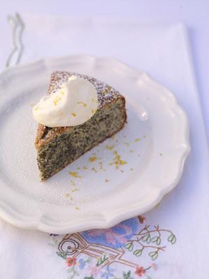 A great family treat for the Easter weekend! lemon almond cake - could be gluten free - Jamie Oliver