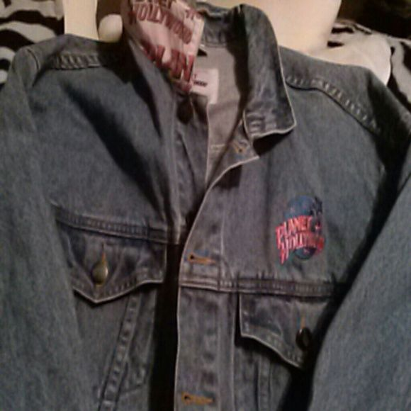 Planet Hollywood Las Vegas Ladies denim jacket Bought right at Planet Hollywood Vegas! In great condition, under the collar also has Planet Hollywood . Jackets & Coats Jean Jackets