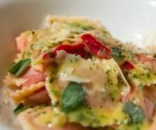 Recipe Roast beetroot ravioli with sage butter sauce by Erica Noble - Recipe of category Pasta & rice dishes