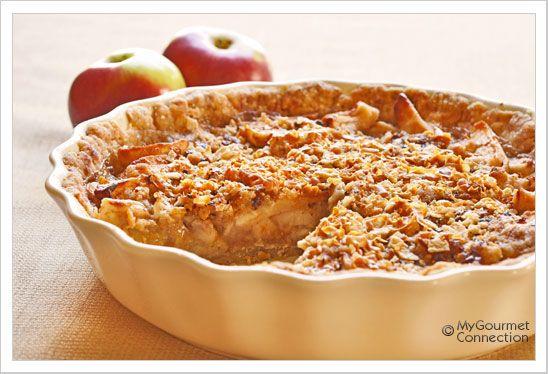 Sour Cream Apple Pie with Norwegian Gjetost