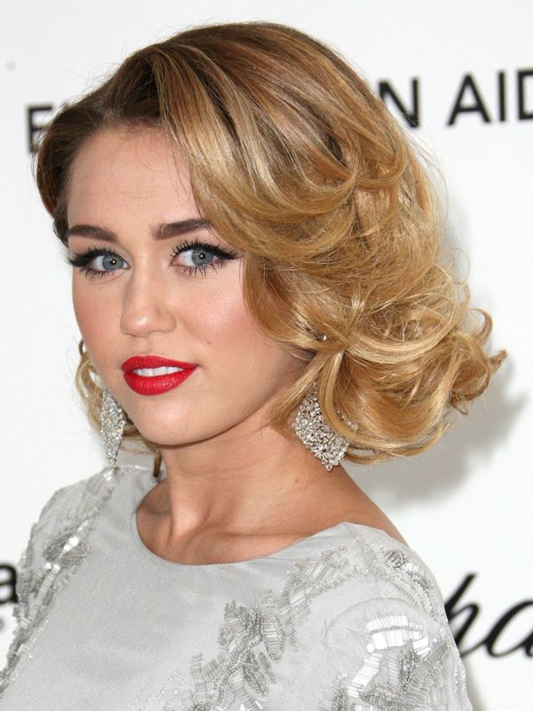 Miley Cyrus at the Elton John AIDS Foundation Oscars Viewing Party