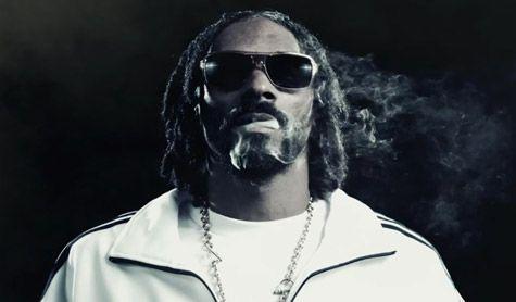 Videoclip: Snoop Lion feat Miley Cyrus - Ashtrays & Heartbreaks    http://www.emonden.co/videoclip-snoop-lion-feat-miley-cyrus-ashtrays-heartbreaks