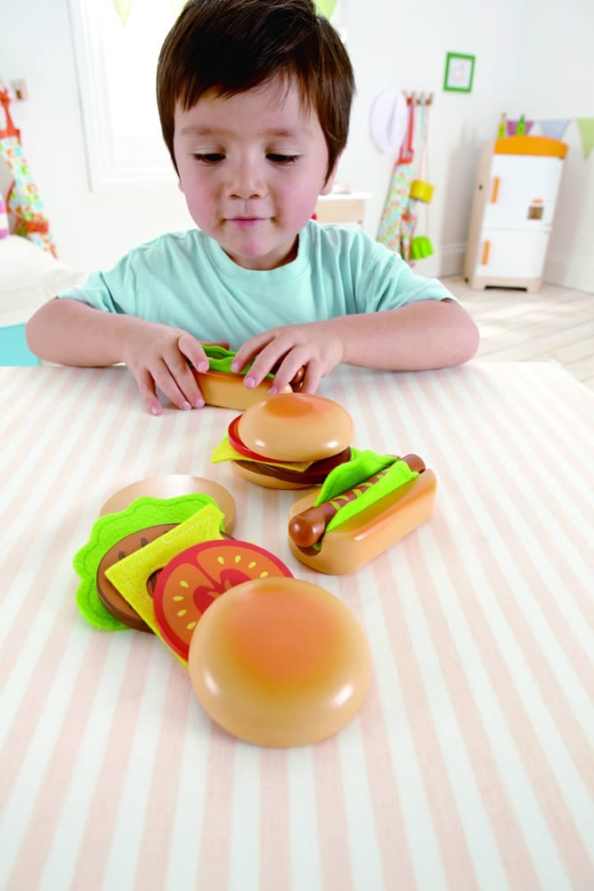 What better way to celebrate grilling season than with the Hamburgers and Hotdogs set from Hape! Absolutely adorable pretend play food!