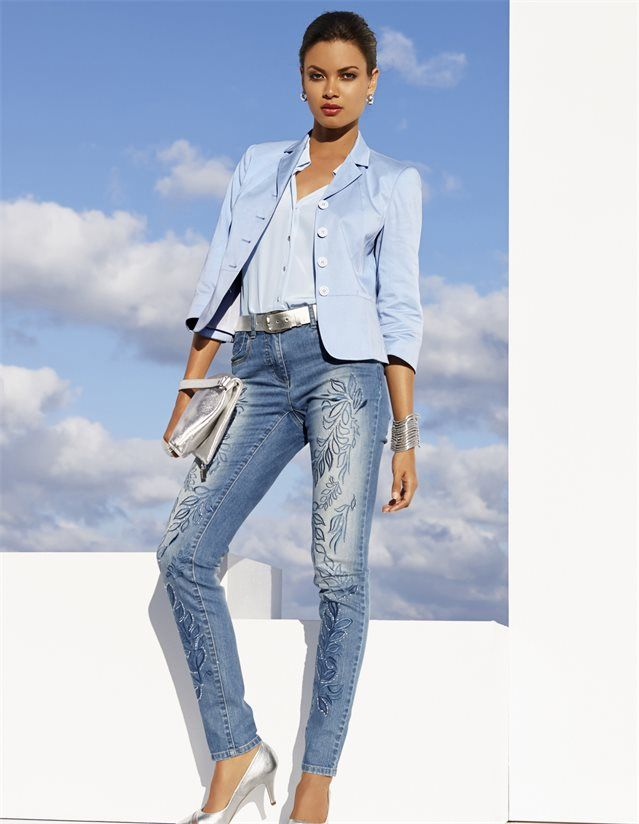 Bestickte Jeans in der Farbe bleached - blau, grau - im MADELEINE Mode Onlineshop