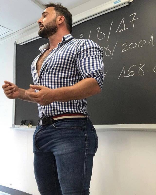 Sexy nude male teachers — 2