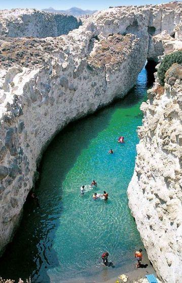 Papafragas Milos, Greece